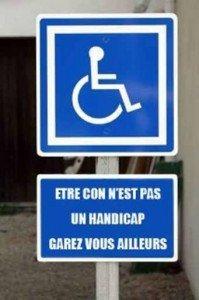 Invalidité et handicap sur parking dans La Chambre panneau-handi-199x300